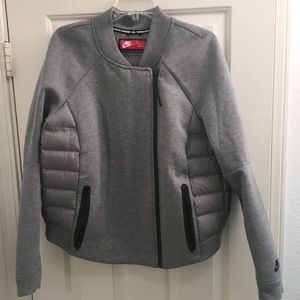 NIKE Gray Tech Fleece Aeroloft 800 Down Jacket XL